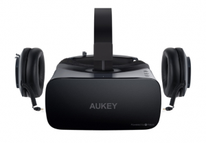 The Aukey VR headset has a pretty typical design with detachable headphones
