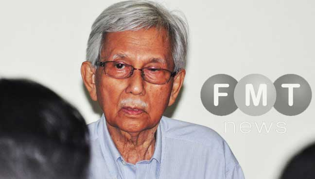 Daim Zainuddin says Dr Mahathir Mohamad succeeded where the opposition failed for many years