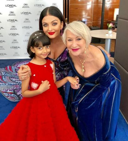 Cannes 2018 Aish Aaradhya an Oscar star Helen Mirren pose candid pic