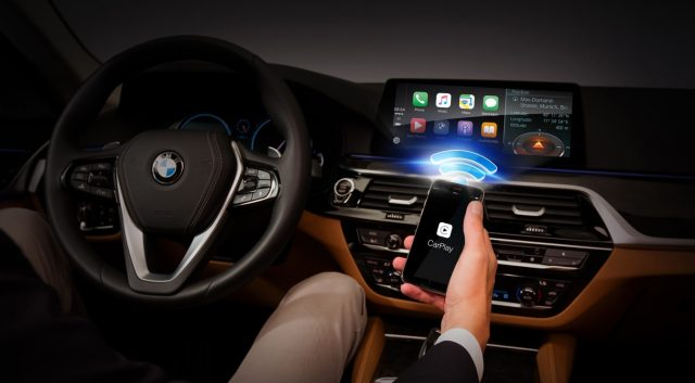 BMW CarPlay Harman