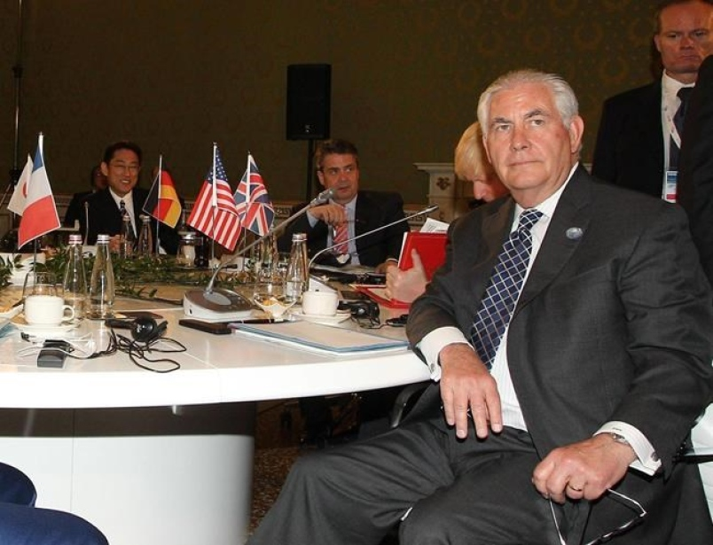 After Syria attack, Tillerson vows to defend innocents