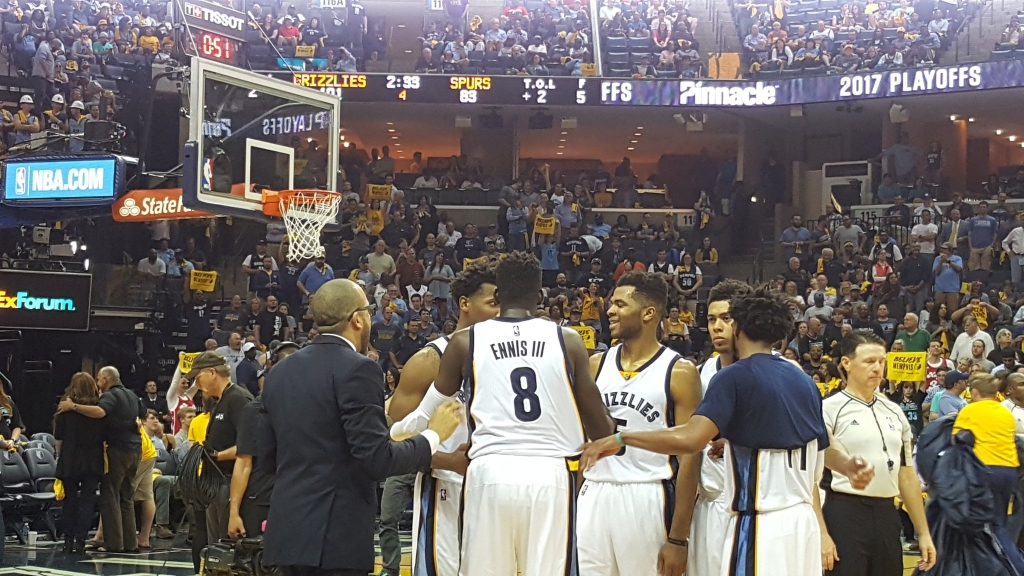 Grizzlies pull within 2-1 of Spurs with 105-94 win