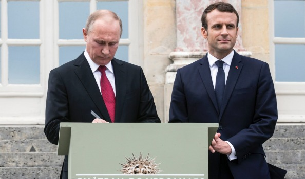 Putin and Macron engaged in'frank and direct talks