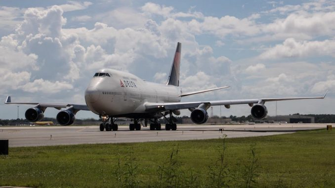 A Delta 747 arrives in Orlando to support relief efforts