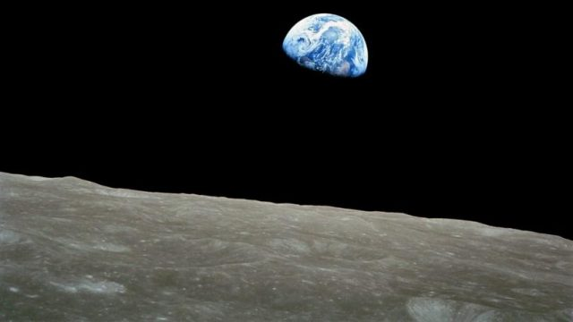 538914-nasa-apollo-photo-moon-earth