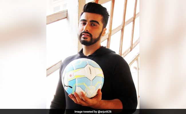 FIFA World Cup 2018 What Ranveer Singh Arjun Kapoor And Abhishek Bachchan Have Posted