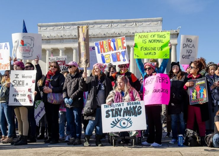 Activists rally outside of the Lincoln Memorial during the #PowertothePolls Women's March on January 20. Lauryn Gutierrez  Rewire