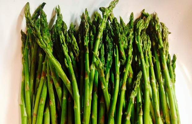 The Benefits of Vitamin B Complex: B9 (Folate), found in asparagus
