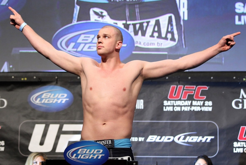 UFC 204: Stefan Struve Victorious Via Submission
